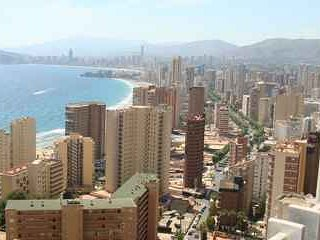 Modern apartment with sea views - Benidorm vacation rentals