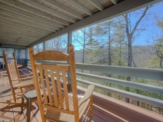 Wonderful 3 bedroom House in Flat Rock - Flat Rock vacation rentals