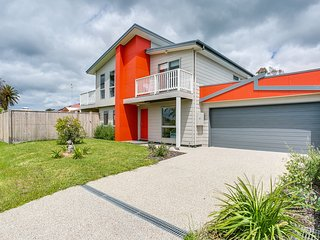 Coutts Beach Break - beachside living - Dromana vacation rentals