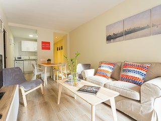 Brand New Apartment Near Camp Nou & Fira Barcelona - L'Hospitalet de Llobregat vacation rentals