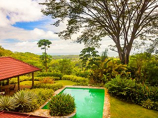 Charming House with Deck and Television - Dominical vacation rentals