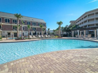 Studio-style loft w/ private beach access & pool oasis! - Seacrest vacation rentals