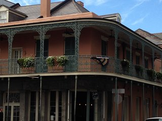 New Years Eve Studio in New Orleans at Wyndham Ave Plaza - New Orleans vacation rentals