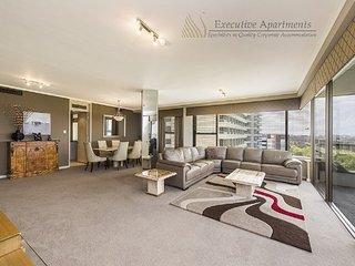 Beautiful 3 bedroom Vacation Rental in Perth - Perth vacation rentals