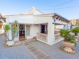 Charming 3 bedroom House in Cala Ratjada with Internet Access - Cala Ratjada vacation rentals