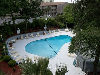 3 BR Condo  one block to beach - Myrtle Beach vacation rentals