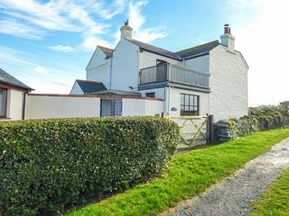 TREVILLICK COTTAGE, coastal, AGA, freestanding bath in Tintagel, Ref 948006 - Tintagel vacation rentals