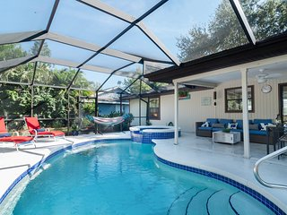 Cozy Pine Cottage - Private Pool, Spa home surrounded by lush gardens...steps to Old Bonita. - Bonita Springs vacation rentals
