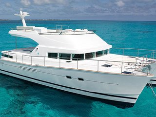Liveaboard All Inclusive Luxury Catamaran Lagoon - Caye Chapel vacation rentals