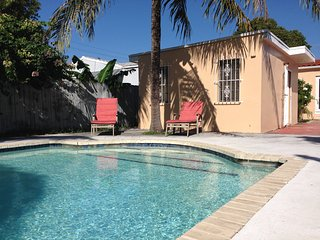 Guesthouse with pool in central Miami - Coconut Grove vacation rentals