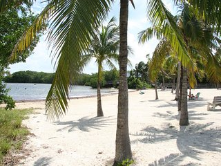Nice Condo with Internet Access and A/C - Key Largo vacation rentals