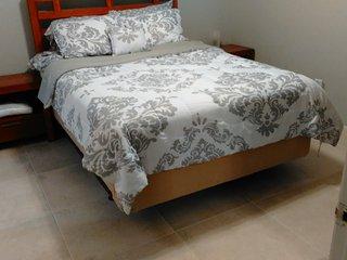 Master Bedroom Private Bath Galleria Condo - Piney Point Village vacation rentals
