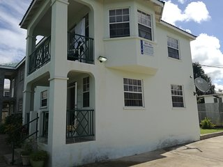 MJ Villas air conditioned luxury less than 2 minutes walk from the beach - Speightstown vacation rentals