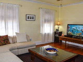 Venice Beach Sunny Garden Paradise. Steps to Beach. Santa Monica/Marina Adjacent - Los Angeles vacation rentals