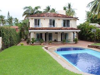 """El Cantón del Viejón """"Vacations in an unbeatable price"""" - Bucerias vacation rentals"""