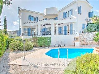 Beautiful 3 bedroom Villa in Latchi with Internet Access - Latchi vacation rentals