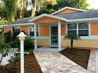 Pet friendly paradise with heated pool close to Sarasota-Osprey-Nokomis-Venice - Osprey vacation rentals