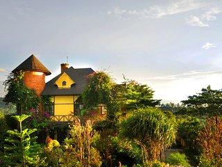 EdensoR Hills Villa&Resort - Bogor vacation rentals