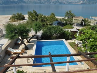 Comfortable 4 bedroom Villa in Povlja - Povlja vacation rentals