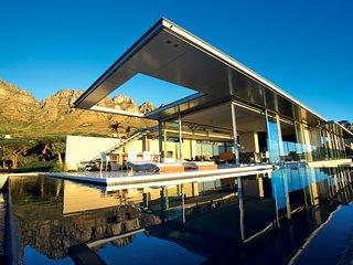 008 Bond Villa, 6 Beds, Architectual Masterpiece, Camps Bay - Camps Bay vacation rentals