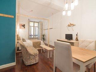 Singular and Orginal studio in the historical center. - Malaga vacation rentals