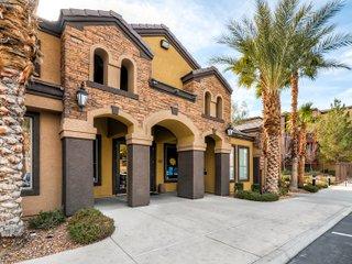 2 Bedroom 2 Bathroom 10 Min Airport - Las Vegas vacation rentals