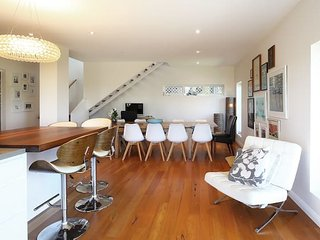 Seaforth Treetops w/ Pool, Close to Manly Beach! - Seaforth vacation rentals