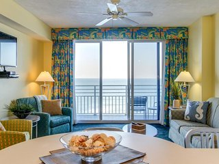 Oceanfront condo w/ views, shared pools, hot tub, & the beach just steps away - Daytona Beach vacation rentals