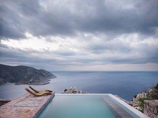 Tainaron Blue Retreat, Mani, Peloponnese, Greece - Vathia vacation rentals