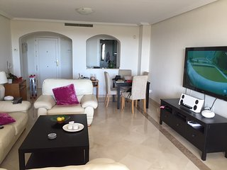 Stunning 3 Bedroom Penthouse With Fantastic Large Terrace R128 - San Pedro de Alcantara vacation rentals