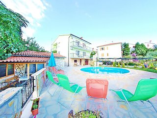 STUDIO APARTMENT WITH POOL - Pula vacation rentals