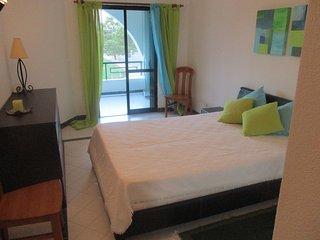Apartamento de férias nos Salgados, moderno, acolhedor, próximo da praia - Patroves vacation rentals