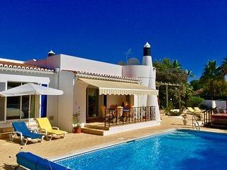 Villa Viva, very near to the beach in Carvoeiro and with private pool! - Carvoeiro vacation rentals