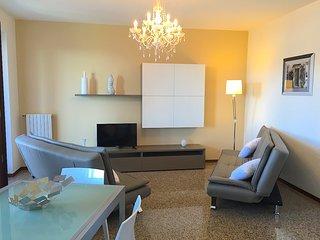 Sunny 1 bedroom Pallanza Condo with Deck - Pallanza vacation rentals