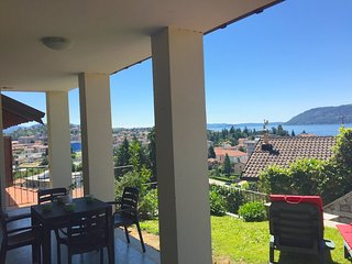 Sunny 1 bedroom Pallanza Apartment with Deck - Pallanza vacation rentals