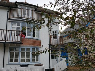 Fabulous 3 Storey Cottage in the heart of Hope Cove just metres from the beach - Hope Cove vacation rentals