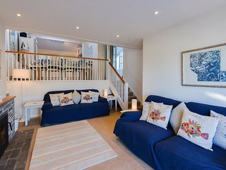 Snipe Cottage - sleeps 6 in Portscatho with fabulous views to sea - Portscatho vacation rentals