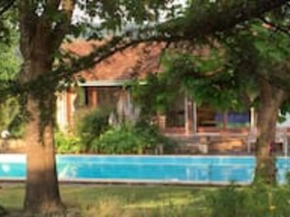 Beautifully renovated farmhouse with private pool - Saint-Gladie-Arrive-Munein vacation rentals