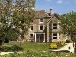 Oates House - Near Chippenham, Wiltshire - Stanton Saint Quintin vacation rentals