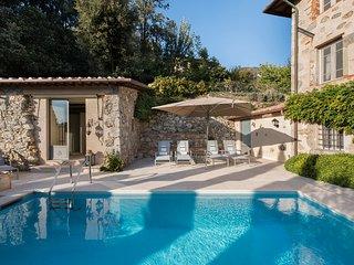 Villa Montebello Boutique  Bed and Breakfast - Pietrasanta vacation rentals
