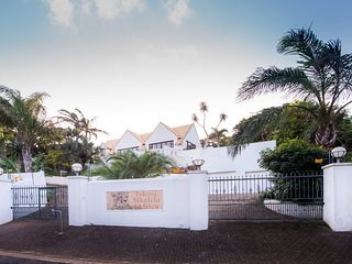 Nkosi Sikelela - Southbroom Golf Holiday - Southbroom vacation rentals