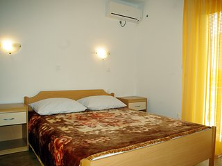 Nice Studio with Housekeeping Included and Television - Seline vacation rentals
