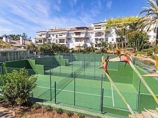HACIENDA DE NAGUELLES I - Marbella vacation rentals