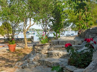 COTTAGE  by the crystal sea of  NECUJAM BAY. - Necujam vacation rentals
