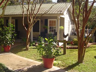 Nice House with Deck and Internet Access - Natchez vacation rentals