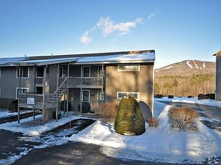 2 BR Condo w/ Views to Cranmore. Cable, WiFi, 10 Min to Storyland! - North Conway vacation rentals