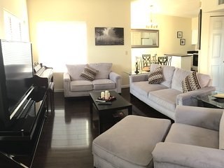 **Luxury Condo! Prime Location! **USUALLY FULL**!! - Tucson vacation rentals