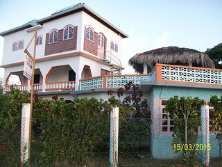 Welcome to Richies on the beach come and experience the true jamaican culture . - Little London vacation rentals