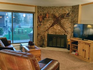 BC West G-1 w/ FREE Skier Shuttle - Avon vacation rentals