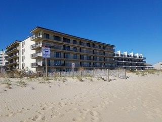 Cozy 3 bedroom Ocean City Condo with A/C - Ocean City vacation rentals